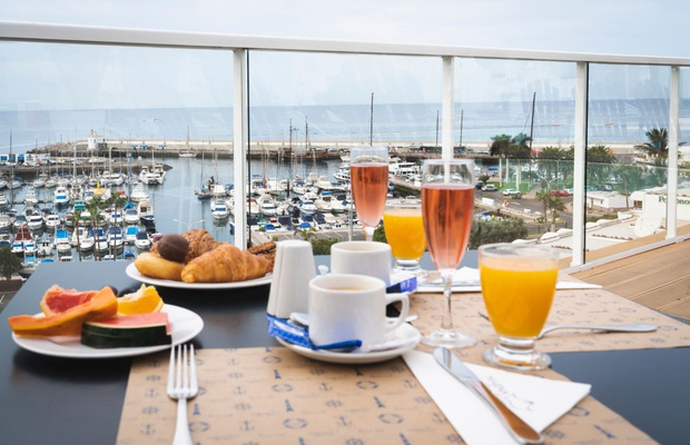 Breakfast Marina Bayview
