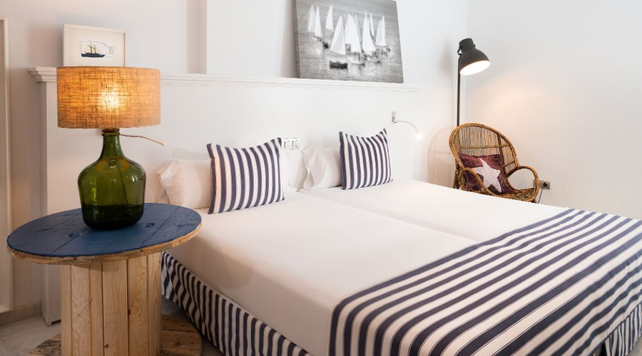STANDARD SUITE Marina Suites en Canary Islands